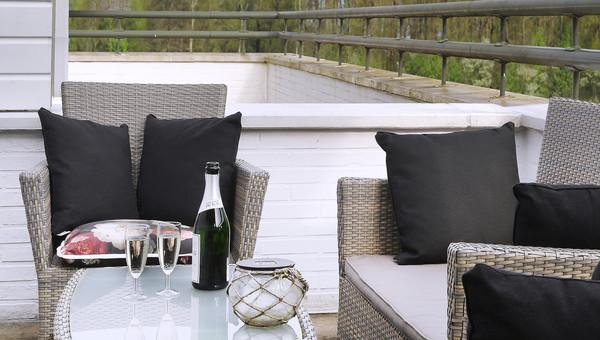 Balkon Met Jacuzzi : Standaard kamer met outdoor jacuzzi van der valk theaterhotel almelo